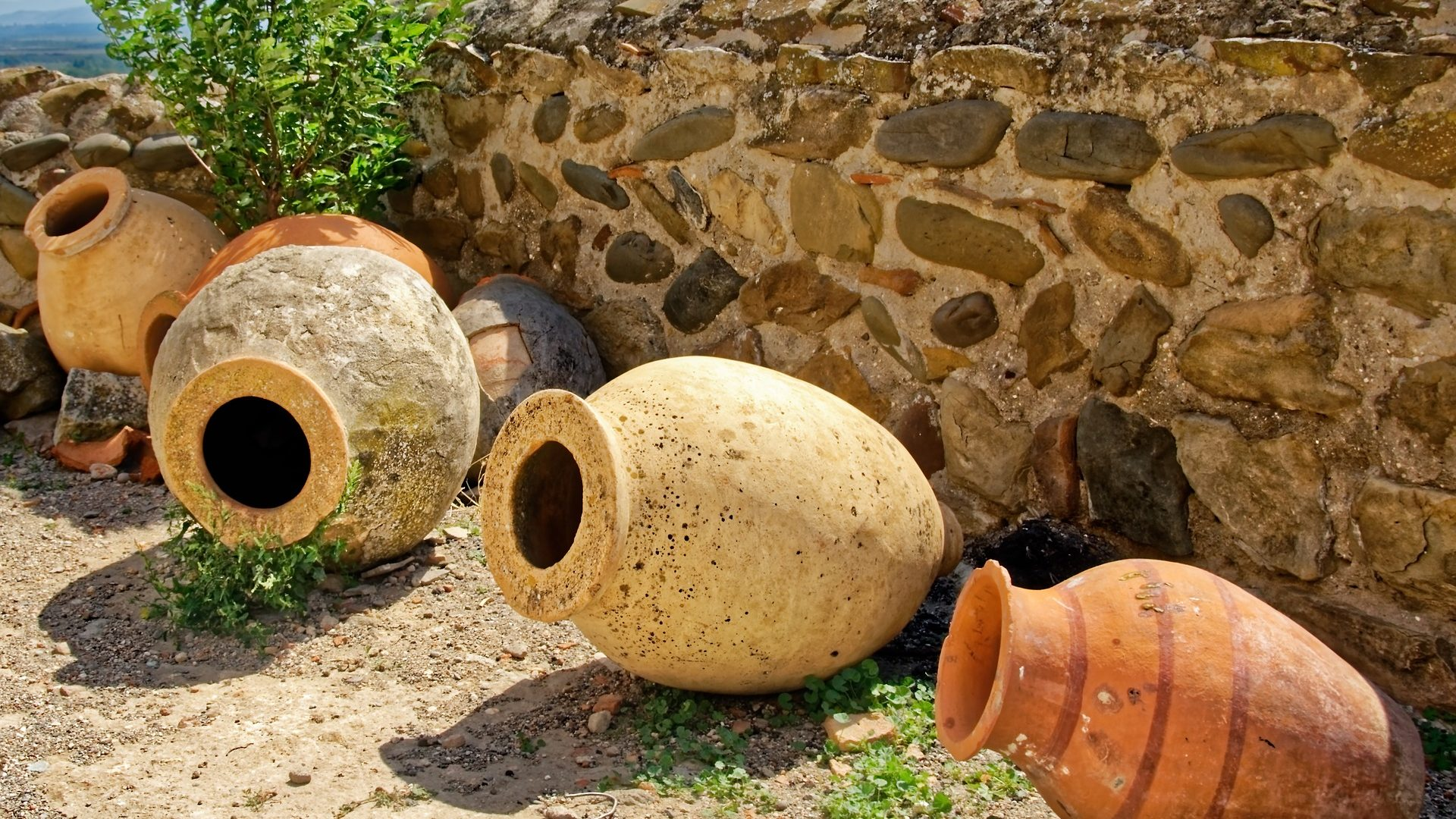 amphora-3700525_1920